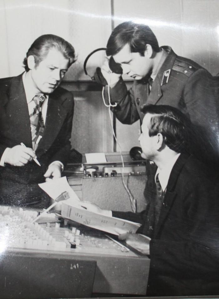 Прослуховування підготовленого радіожурналу На варті правопорядку