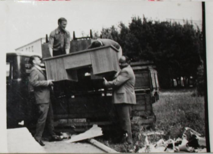 Переселення у новий будинок радіо на Винниченка