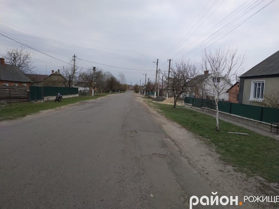 На фото – вулиця Промислова