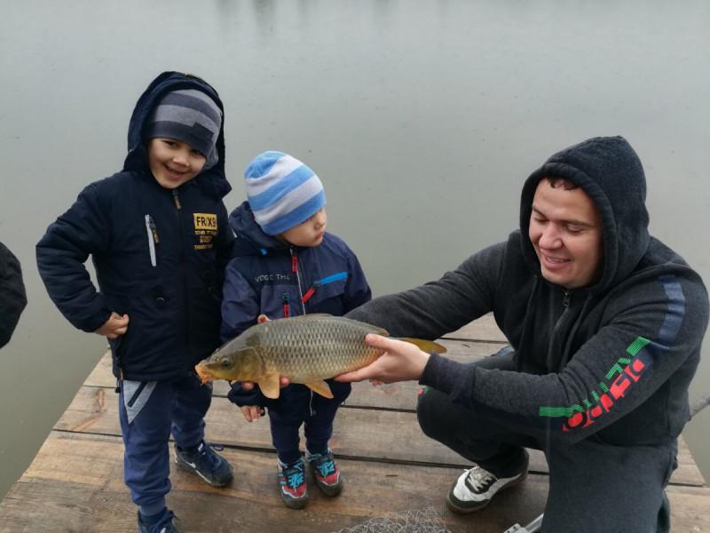 Малинівка: з облаштованих ставків виловлюють 250 кілограмів риби в день