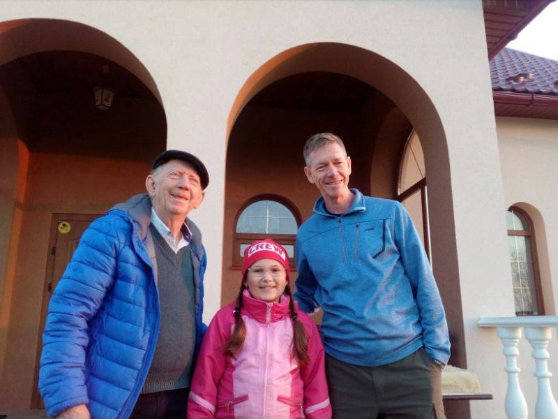 Ельмер та Герсон Фльор з донькою Олега Савчука Ольгою