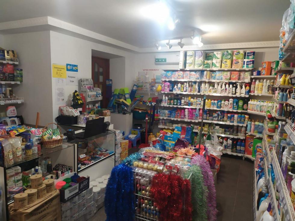 Власниця й керуюча магазиномСофія Лазукапостійно слідкує за новинками на цьому ринку і вчасно презентує їх на полицях свого магазину