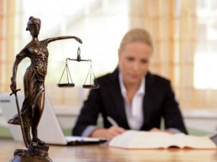 Адвокатів запрошують взяти учать у конкурсі