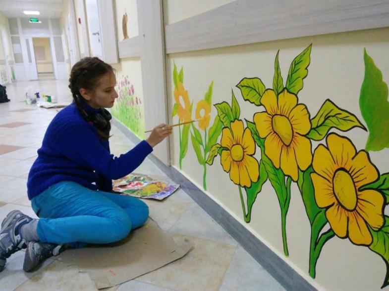 У 2017 році розмалювали стіни дитячого відділення Рожищенської ЦРЛ