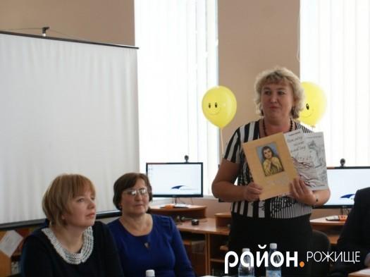 Наталія Бугай - в гостях у районної дитячої бібліотеки.