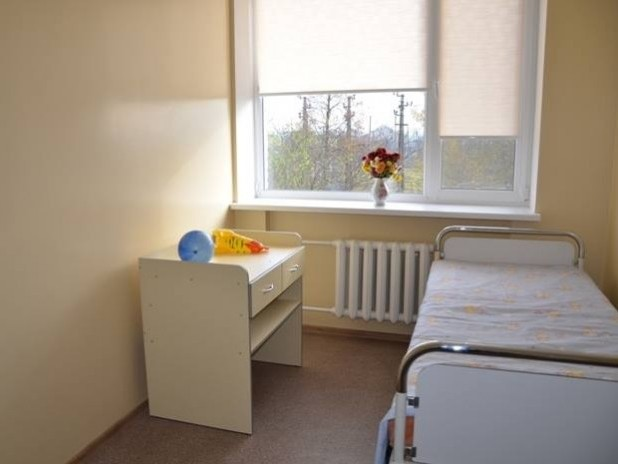 Кімната для новонароджених. Подібний ремонт чекає дитяче відділення ЦРЛ.