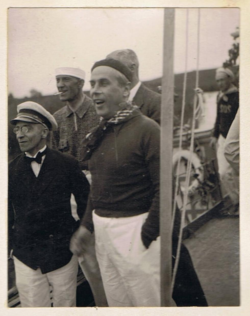 Фото з прогулянки Стиром «Трансатлантиком з Луцька до Рожища», 1934. На фото Г. Юзефський