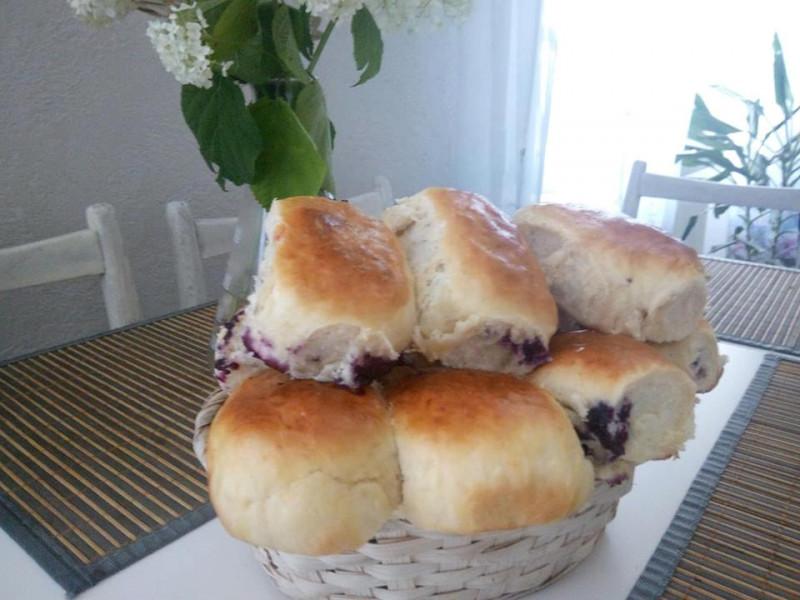 Пироги з чорницями