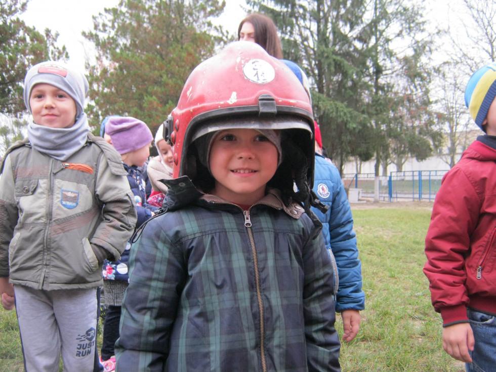 Пожежники завітали у гості до дошкільнят