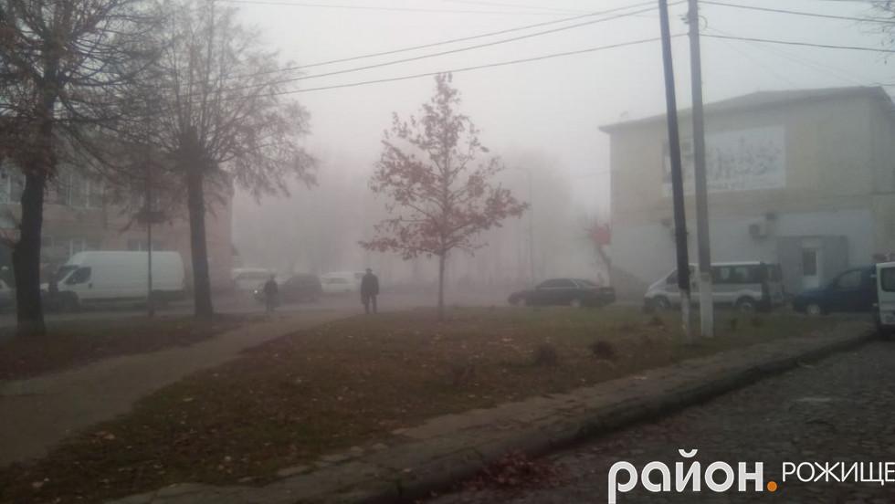 У Рожищі - туман
