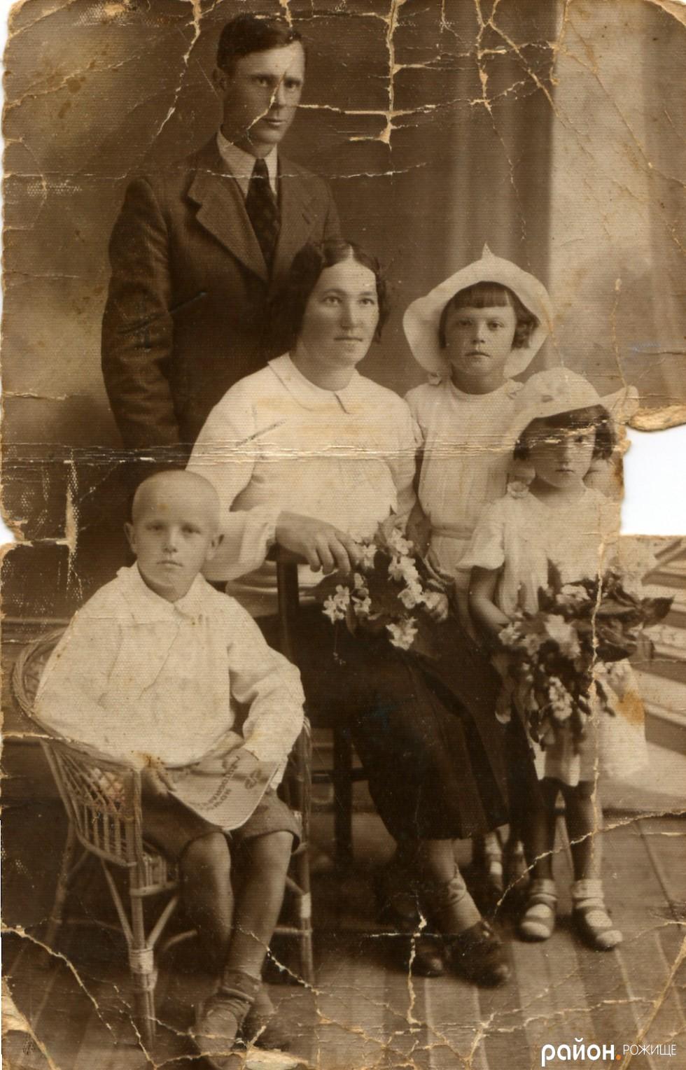Сімейне фото у студії