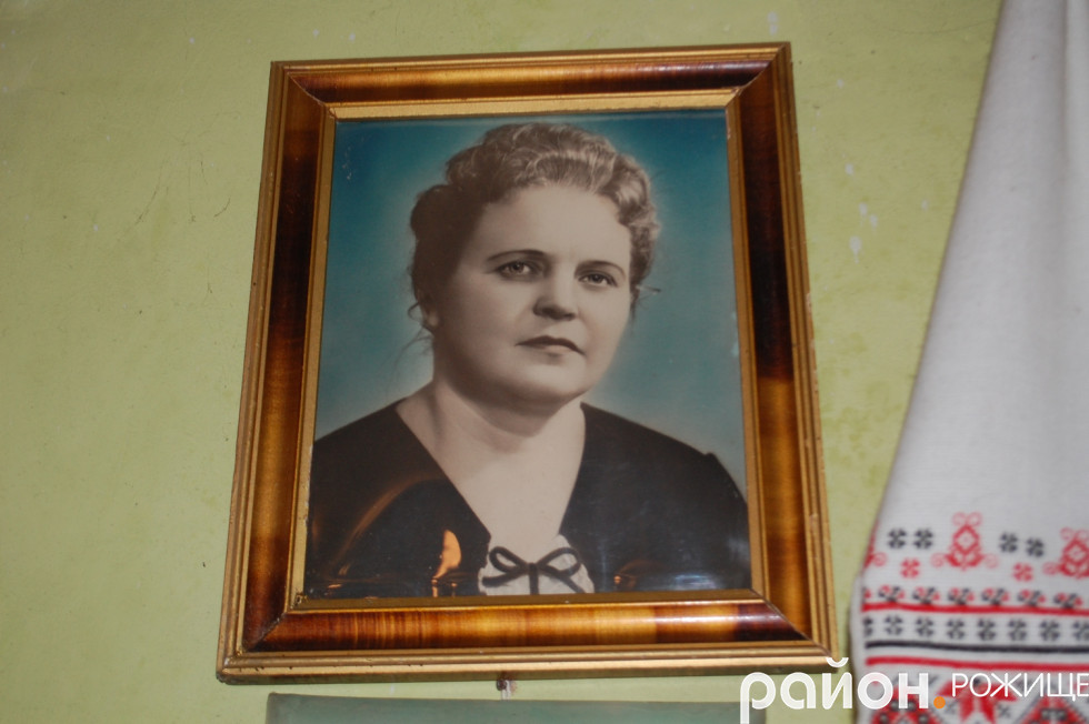 Дружина Ніна Давидович