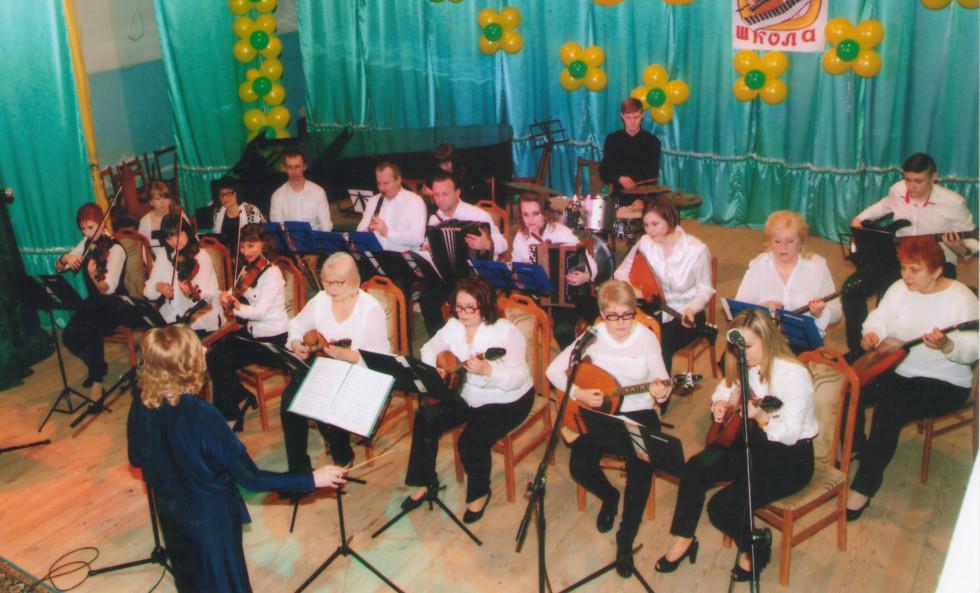 Викладачі Рожищенської ДМШ під святкового концерту