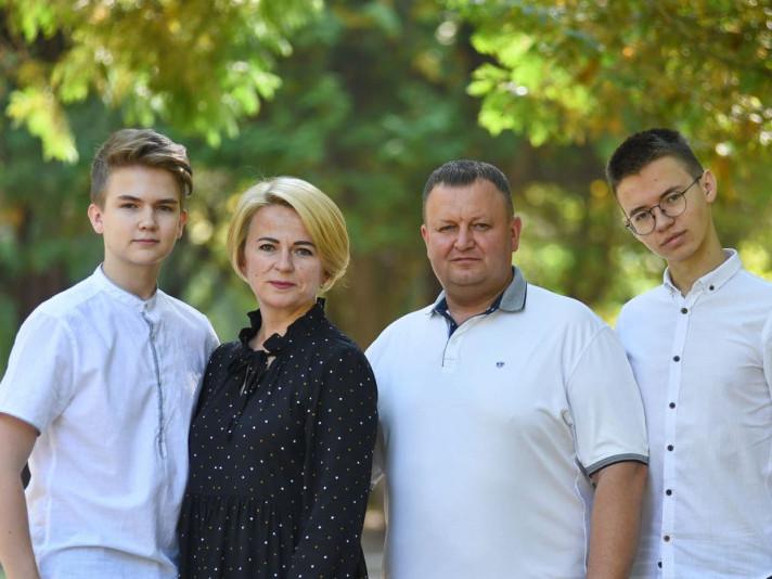 Сергій Шкода із сім'єю
