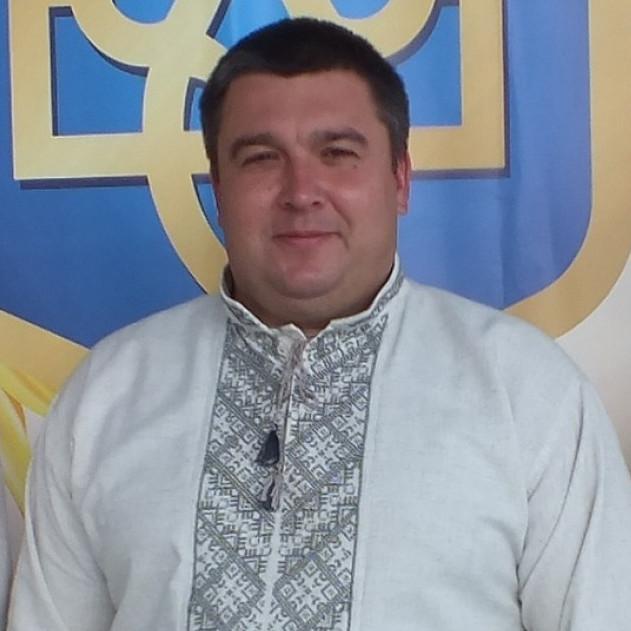 З повагою - міський голова В'ячеслав Поліщук